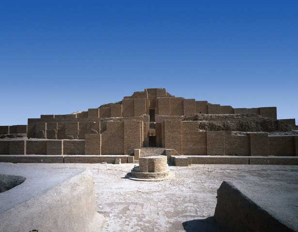 Ziggurat at Choga Zanbil