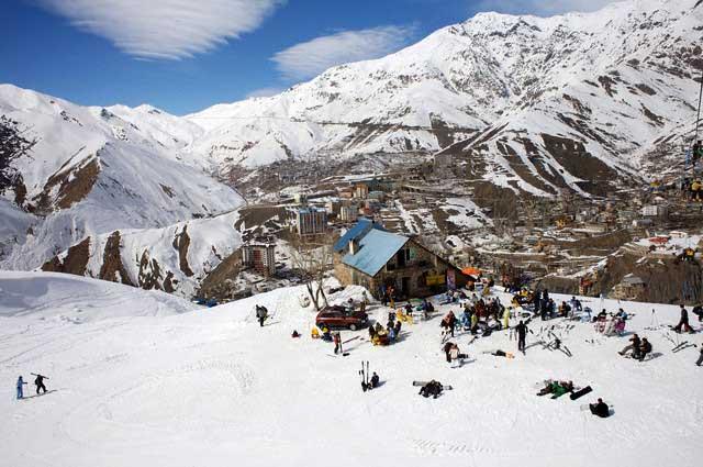 Iran - Shamshak - Skiing