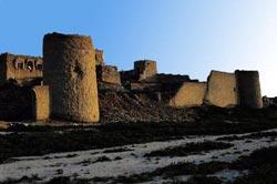 Zar Khezer Khan Castle, Tangestan