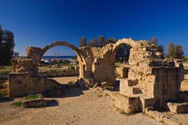 Nea Pahos archaeological site, Saranta Kolone