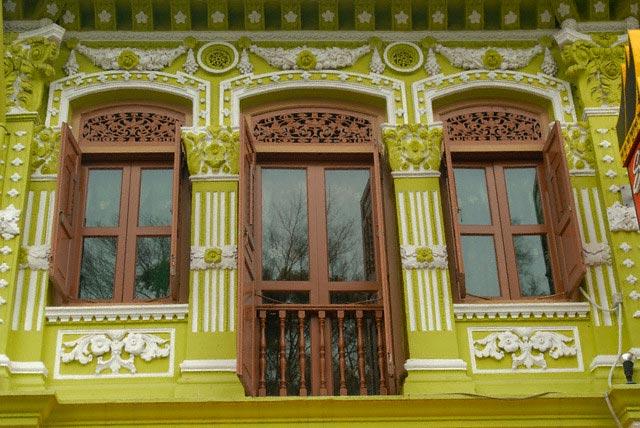 Colonial Building Facade in Singapore