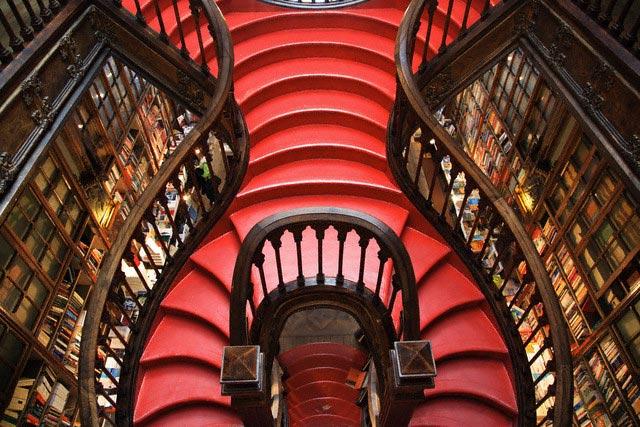 Staircase in Livraria Lello Bookstore