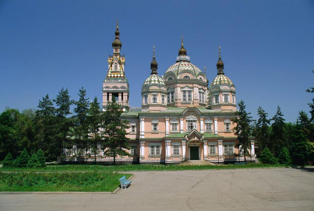 The Zenkov Cathedral built with wood, but no