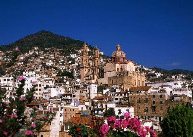 Santa Prisca Cathedral in Taxco