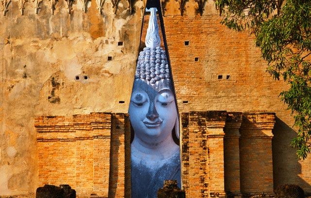 Buddha Statue at Wat Si Chum