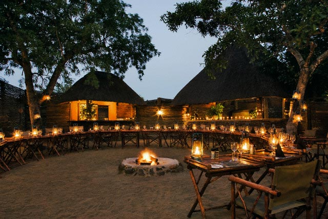 Open Air Dining at Savanna Private Game Lodge