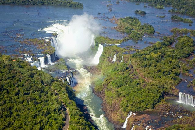 Devil's Throat at Iguazu Falls