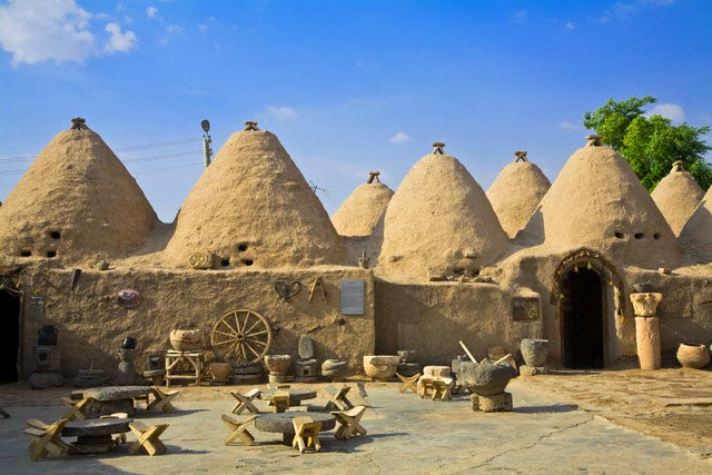 Turkey, Eastern Turkey, Harran, Traditional m