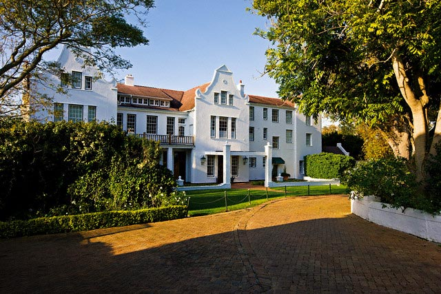 Cellars-Hohenort Hotel