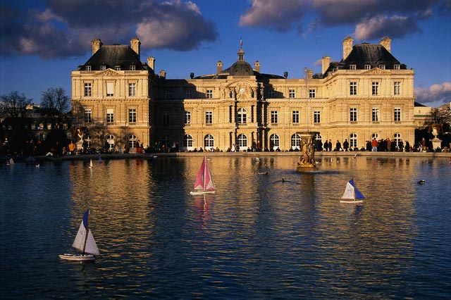 Miniature Sailboats in Front of Palais du Lux