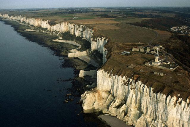 Les Falaises Chalk Cliffs