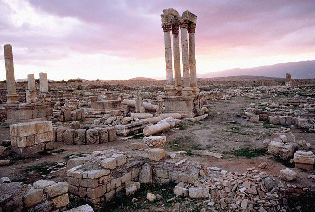 The Roman Tetrakionion of Anjar at Sunset, Le