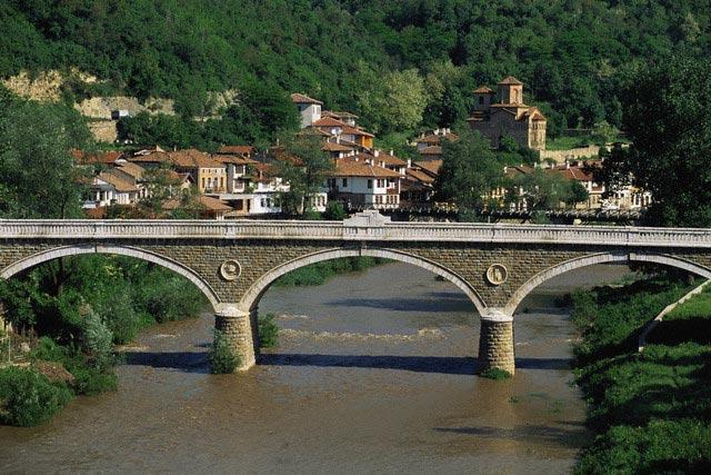 Bridge over River Jantra