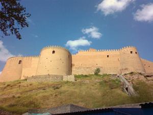 قلعه فلک الافلاک یا دژ شاپورخواست