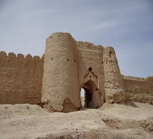 عکس اول قلعه رستم