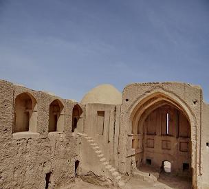عکس اول قلعه مچی