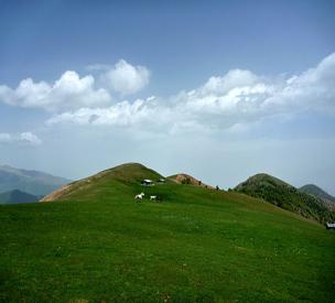 روستای ماکلوان