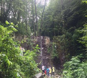 عکس اول آبشار لونک
