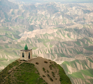گورستان و زیارتگاه خالد نبی