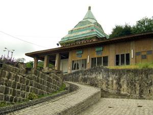 آرامگاه شیخ زاهد گیلانی
