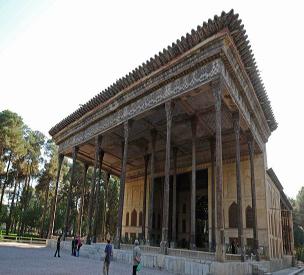 اطلاعات گردشگری کاخ چهل ستون