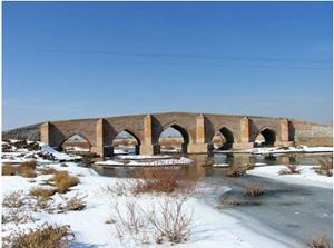 پل پنج چشمه بناب
