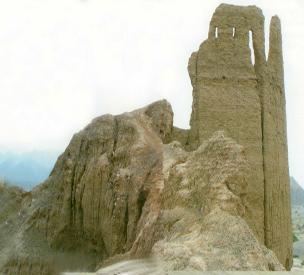 عکس دوم قلعه هزاره یا بی بی مینو