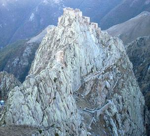 عکس دوم قلعه بابک