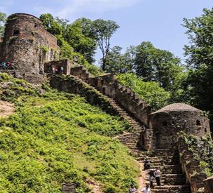 عکس دوم قلعه رودخان