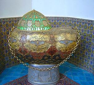 عکس دوم آرامگاه شاه نعمت الله ولی