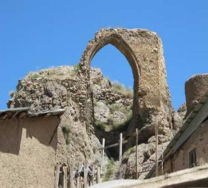 عکس دوم قلعه پولاد