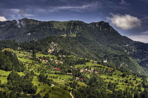 Labinje village