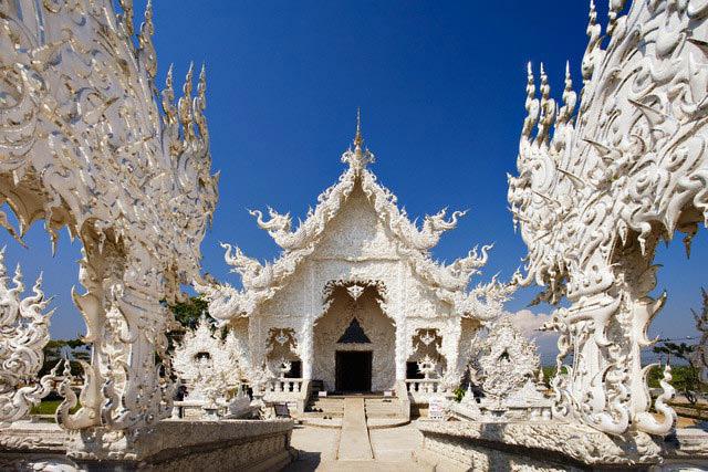 اطلاعات گردشگری Wat Rong Khun