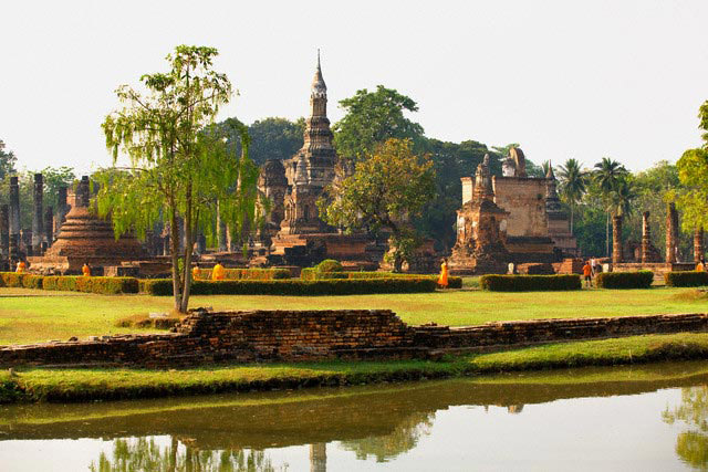 اطلاعات گردشگری Wat Mahathat