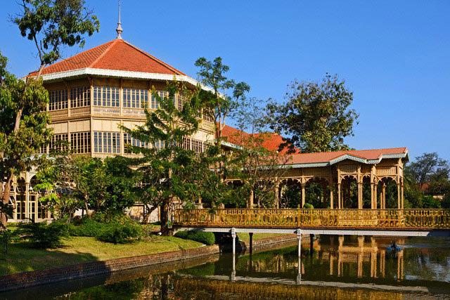 اطلاعات گردشگری Vimanmek Teak Mansion