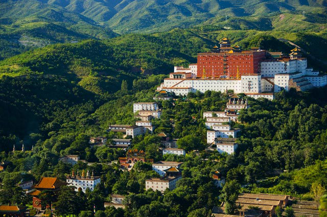 Mountain Resort in Chengde