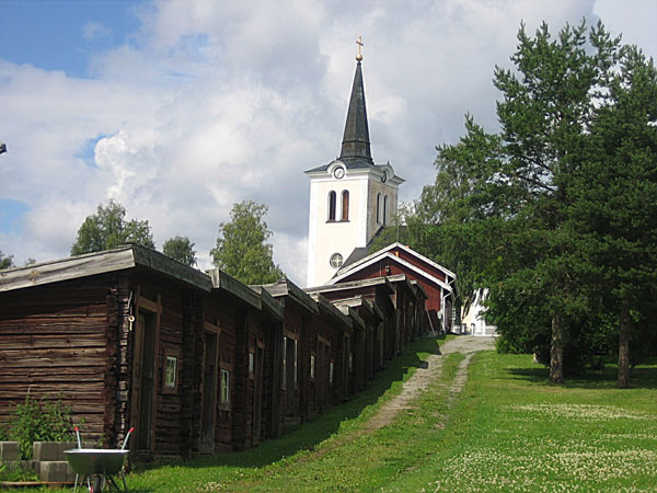 Revsund church with visitor