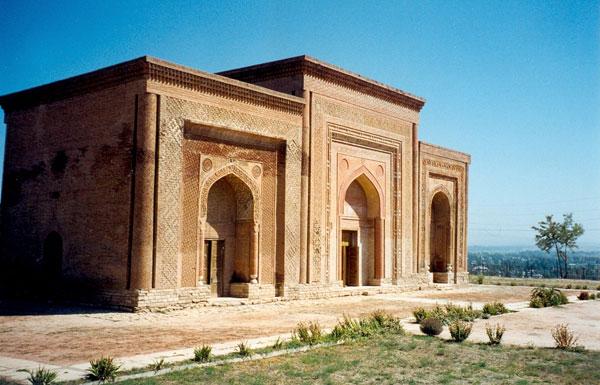 12th century mausoleum