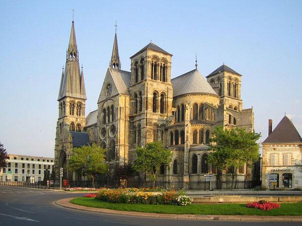 اطلاعات گردشگری Notre Dame en Vaux