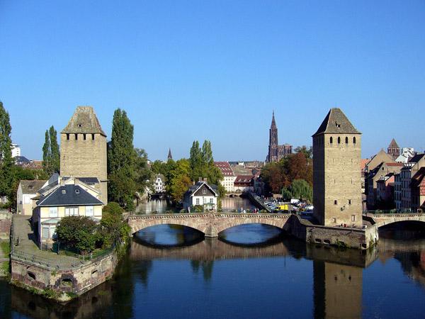 اطلاعات گردشگری Les ponts couverts